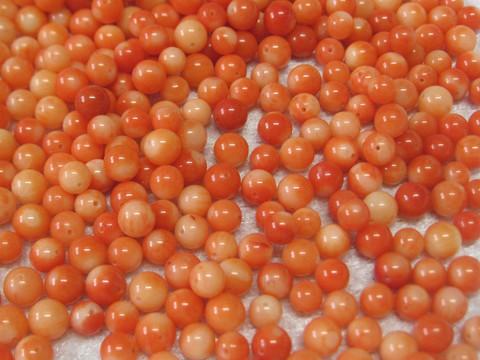 Koralli oranssinpunainen noin 5mm irtohelmi