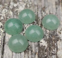Kapussi aventuriini vihreä 8mm pyöreä cabochon
