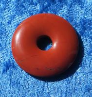 Riipus punainen jaspis kividonitsi 35mm