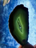 Akaattilevy vihreä 80x35mm siivu, reikä siimalle VB