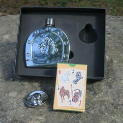 Taskumatti hevosenkenkä ja hevospelikortit -lahjapakkaus