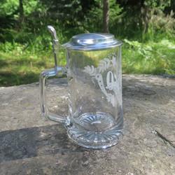 Lasituoppi 0,5 litraa, oluttuoppi tinakannella 50v
