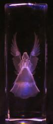 Kristallikuutio 15cm suojelusenkeli 840g
