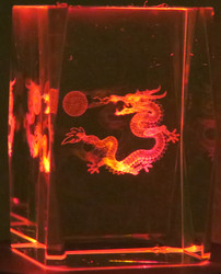 Kristallikuutio 6cm Lohikäärme