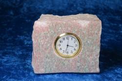 Pöytäkello marmori punavihreä lohkopala A