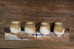 Hömpsypölkky setissä 4 keramiikkapikaria, kelopuutelineessä n 40cm
