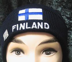 Pipo Suomipipo jossa  suomen lippu ja Finland