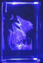 Kristallikuutio 8cm Sudet ulvoo