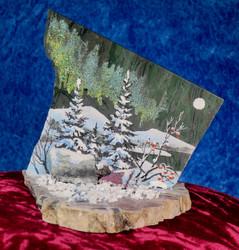 Pöytäkoriste: kivimurskalla dolomiittille taiteiltu maisemakuva revontulineen, 10x12x12cm