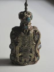 Rituaalipullo: Inkojen pyhät symbolit ja kivet