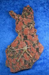 Seinäkello suomikello suomen mallinen, korkeus 26cm, syeniitti