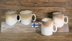 Kaffepölkky setissä 4 kpl korvallisia kahvimukeja, keramiikkaa,
