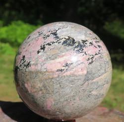 Pallo Rodoniitti 850g 72mm kivipallo