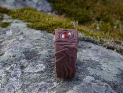 Nahkrannekoru karneoli 12x18mm, suklaanruskea nahka, leveys 27mm