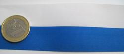 Sinivalkoinen nauha leveys 38mm polyester myydään metreittäin.