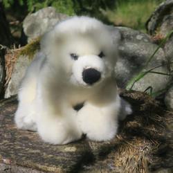 Pehmolelu jääkarhu, kuonosta häntään 28cm