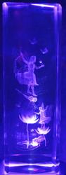 Kristallikuutio 15cm keijut ja sudenkorento lumpeiden päällä