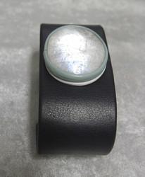 Nahkarannekoru kuukivi 28x32mm, tummansininen nahka, leveys 32mm