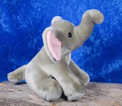 Pehmolelu norsu, istuva elefantti, kärsä 19cm korkeudessa
