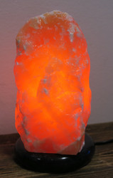 Kalsiitti kivilamppu oranssi n.20cm orange calsite marmorijalustalla