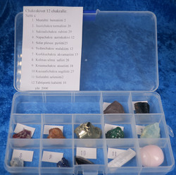 12 chakran hoitokivisetti (c)