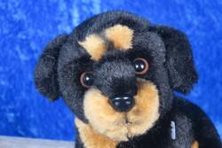 Pehmolelu koiranpentu n.11cm, musta-ruskea