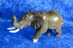 Kiviveistos Elefantti, verdiittinorsu paino 900g