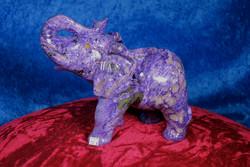 Kiviveistos elefantti, Tsharoiittinorsu 1309g. Uniikki!