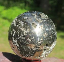 Pallo pyriitti 468g 57mm kivipallo
