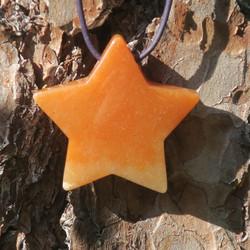 Riipus aventuriini oranssi porattu 47mm  tähti