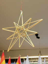Himmeli: olkihimmeli litteä tähti, isompi n. 28cm