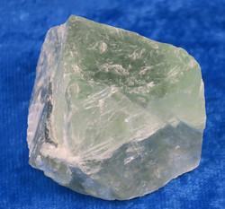 Fluoriitti vihreä raakapala 86g