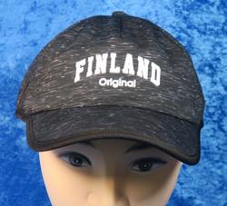Lippis Finland-teksti kohokirjaimin, musta-harmaa nro F13H