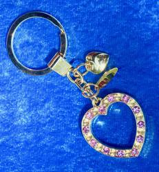 Avaimenperä sydän zirkonein koristeltu, kullanvärinen, laadukas