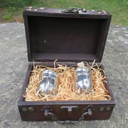 Snapsipikarisetti 2kpl Viikinkikypärä kääntöpikaria lahjalaatikossa