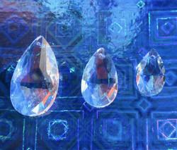 Kristallilasi pisara 3cm
