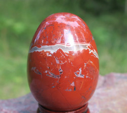Kivimuna jaspis punainen 96g 45mm