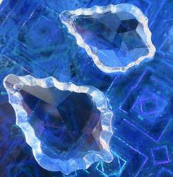 Kristallilasi koristeeellinen pisara 5cm, reikä siimalle