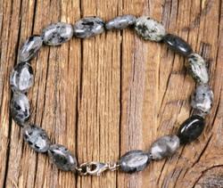 Rannekoru larvikiitti 18cm 925-hopealukko