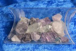 Fluoriitti raakapala violetti ja vihreä alle2g, 30g rasia. Kiina