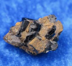 Turmaliini musta kidesykerö 7,8g  Namibia nro6