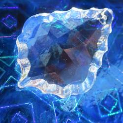 Kristallilasi koristeellinen pisara 4cm ikkunakristalli