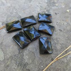 Onyksi laatta viistehiottu 20x15x6mm kookas musta  irtohelmi