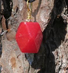 Riipus punainen synteettinen aventuriini 20x14mm zirkonikoristein RIA1