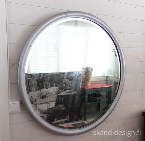 Vanha iso fasettihiottu peili, halkaisija 93 cm