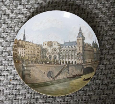 Porcelaine de Paris keräilylautanen - seinälautanen The Bridges of Paris