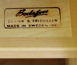 Vintage kirjahylly / senkki 60-luku, design B. Fridhagen, Ruotsi