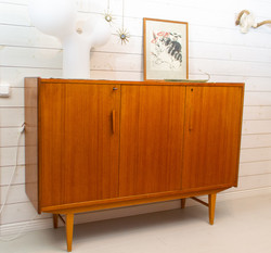 Hieno vintage senkki 60-luvulta, teak