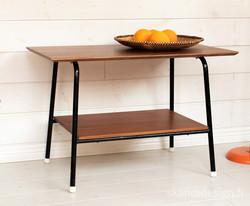 60-luvun teak sivupöytä / pieni sohvapöytä