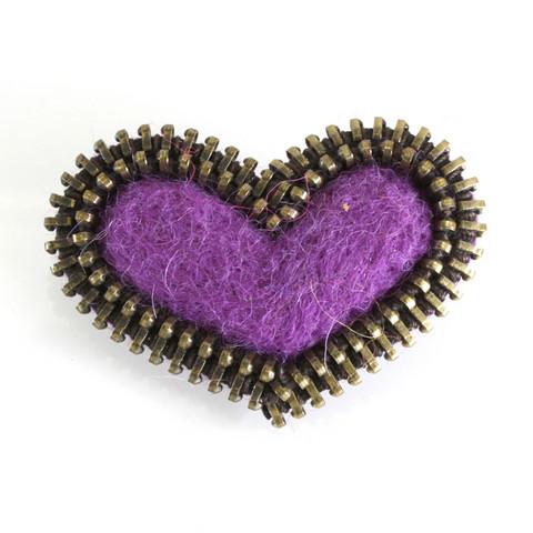 Sydän-rintakoru, violetti